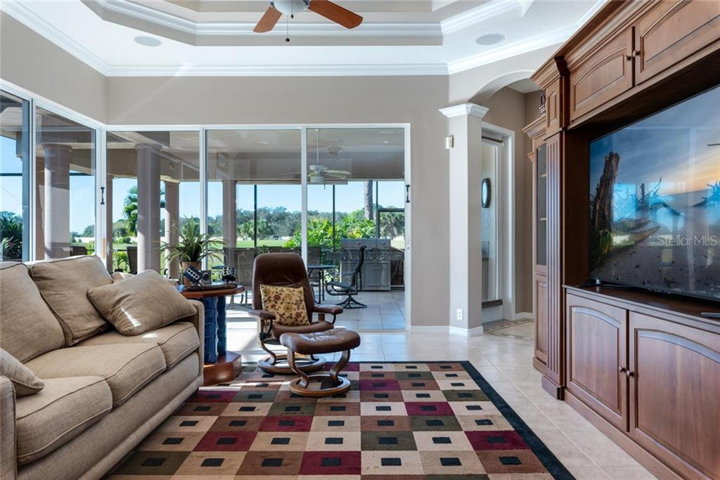 Family room - Single Family Home for sale at 821 Adonis Pl, Venice, FL 34292 - MLS Number is N6104303
