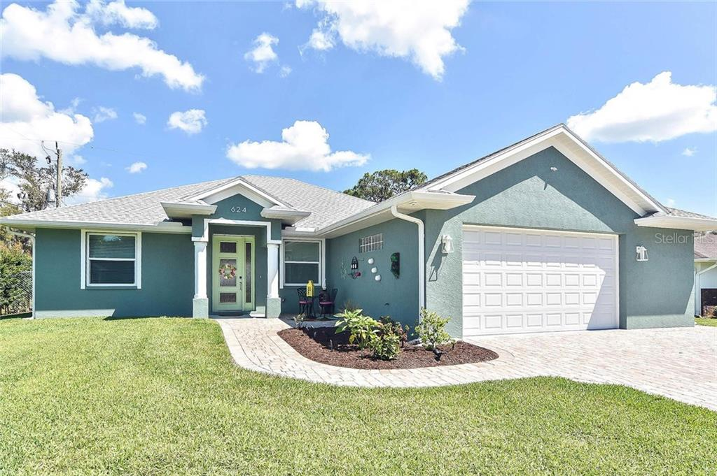 Front of house - Single Family Home for sale at 624 Lehigh Rd, Venice, FL 34293 - MLS Number is N6105257