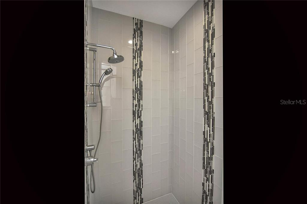 Master bath shower - beautiful! - Single Family Home for sale at 624 Lehigh Rd, Venice, FL 34293 - MLS Number is N6105257