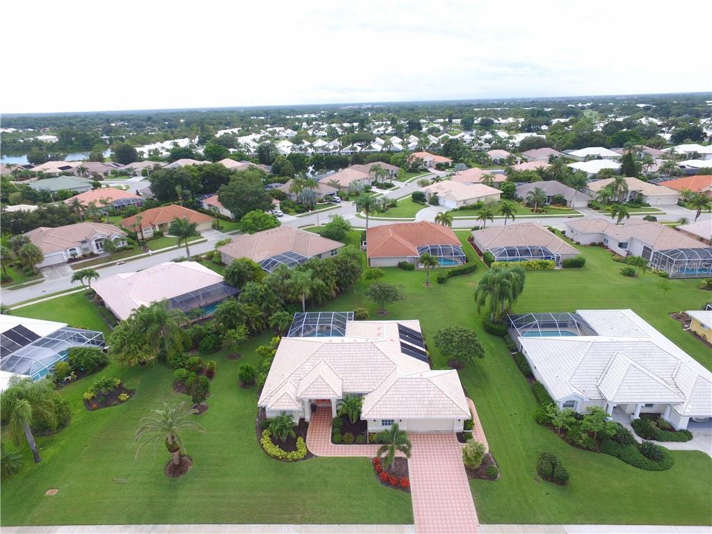 Aerial - Single Family Home for sale at 537 Lake Of The Woods Dr, Venice, FL 34293 - MLS Number is N6106043