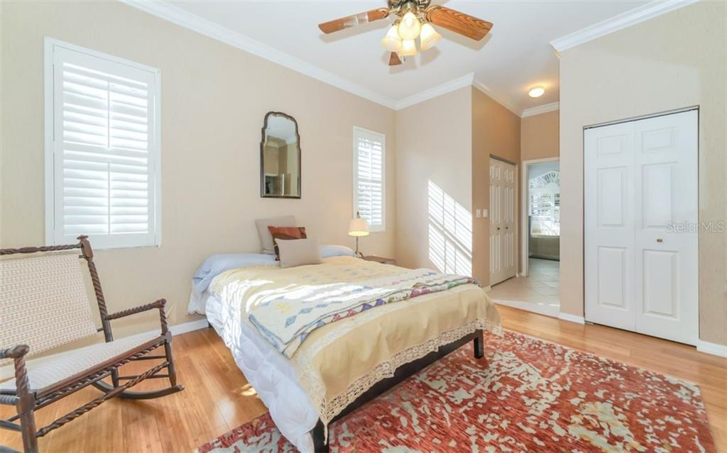 Master bedroom to master bath - Single Family Home for sale at 226 Rio Terra, Venice, FL 34285 - MLS Number is N6107320