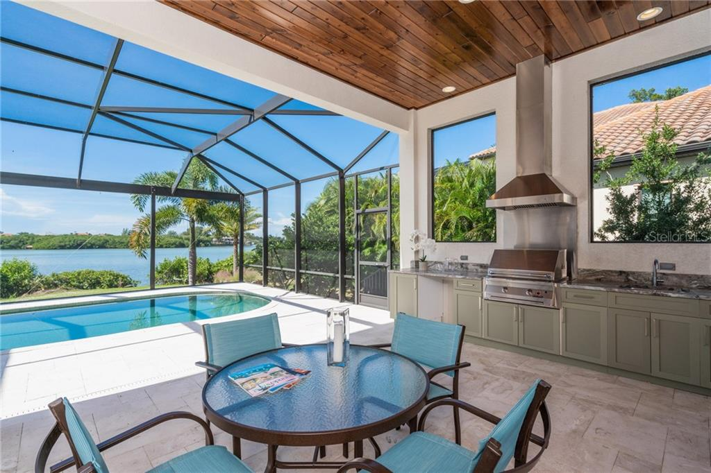 Outdoor kitchen - Single Family Home for sale at 4919 Topsail Dr, Nokomis, FL 34275 - MLS Number is N6107792