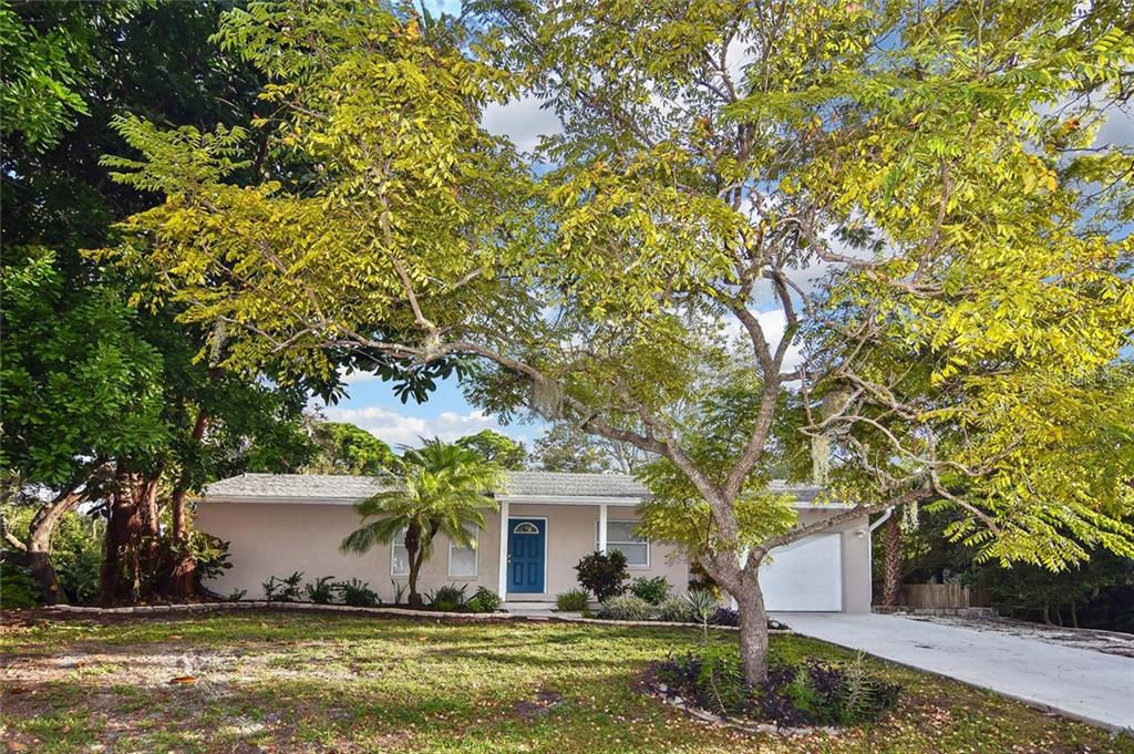 Front - Single Family Home for sale at 5681 Hale Rd, Venice, FL 34293 - MLS Number is N6107822