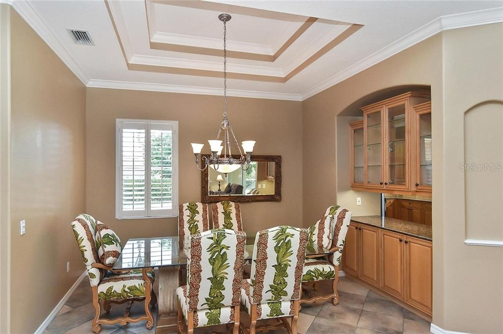 Dining room - Single Family Home for sale at 321 Dulmer Dr, Nokomis, FL 34275 - MLS Number is N6108685