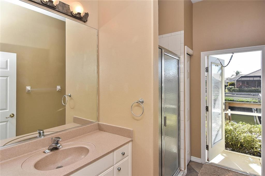Bathroom - Single Family Home for sale at 321 Dulmer Dr, Nokomis, FL 34275 - MLS Number is N6108685