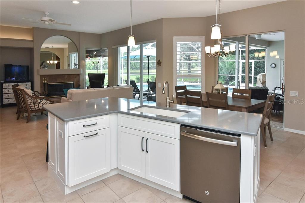 Great views from everywhere in the kitchen - Single Family Home for sale at 7185 N Serenoa Dr, Sarasota, FL 34241 - MLS Number is N6109058