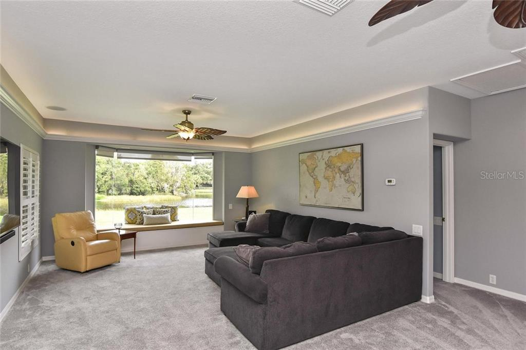 Spacious bonus room - Single Family Home for sale at 7185 N Serenoa Dr, Sarasota, FL 34241 - MLS Number is N6109058
