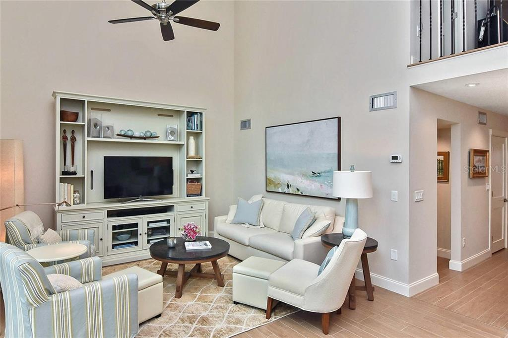 Living room - Condo for sale at 448 Palmetto Ct #B5, Venice, FL 34285 - MLS Number is N6109553