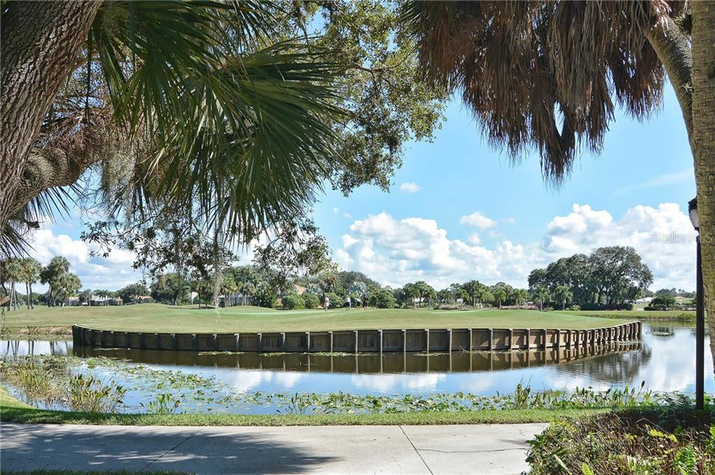 Golf Course - Single Family Home for sale at 323 Lansbrook Dr, Venice, FL 34292 - MLS Number is N6109725