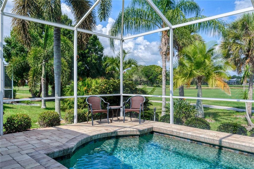 View - Single Family Home for sale at 953 Chickadee Dr, Venice, FL 34285 - MLS Number is N6111180