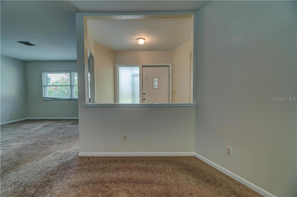 Dining Room - Single Family Home for sale at 158 Golf Club Ln, Venice, FL 34293 - MLS Number is N6111200