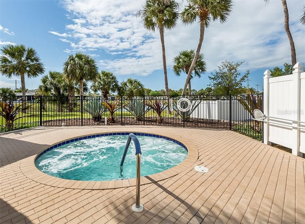 Spa - Single Family Home for sale at 512 Cervina Dr S, Venice, FL 34285 - MLS Number is N6113162