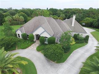 2405 Isle Of Palms Dr, Venice, FL 34292