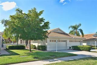 233 Vista Del Lago Way, Venice, FL 34292