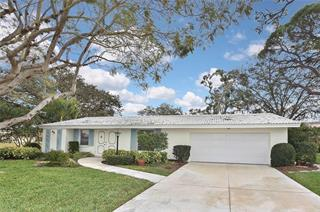 4 Oakwood Dr N, Englewood, FL 34223