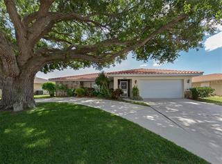 1706 S Lakeside Ct, Venice, FL 34293