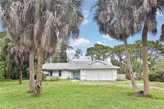 125 Palm Ave E, Nokomis, FL 34275