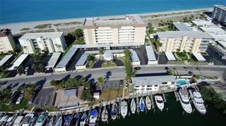 1150 Tarpon Center Dr #303, Venice, FL 34285