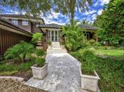 Single Family Home for sale at 1106 Casey Key Rd, Nokomis, FL 34275 - MLS Number is N5911741