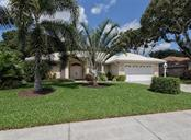 Front - Single Family Home for sale at 577 Park Estates Sq, Venice, FL 34293 - MLS Number is N5914129