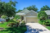 Single Family Home for sale at 323 Lansbrook Dr, Venice, FL 34292 - MLS Number is N5914443