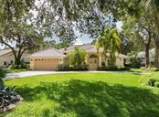 Front - Single Family Home for sale at 532 Park Estates Sq, Venice, FL 34293 - MLS Number is N5914533
