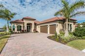 Single Family Home for sale at 356 Maraviya Blvd, North Venice, FL 34275 - MLS Number is N6100031