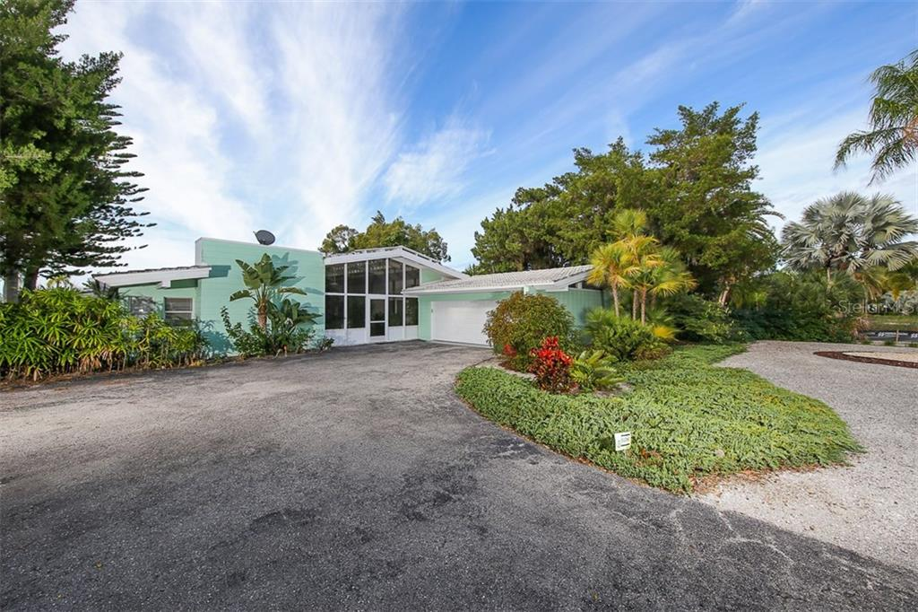 Частный дом для того Продажа на 285 Green Dolphin Dr 285 Green Dolphin Dr Placida, Флорида,33946 Соединенные Штаты