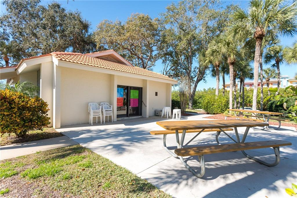 Picnic area - Condo for sale at 1551 Beach Rd #412, Englewood, FL 34223 - MLS Number is D6110828