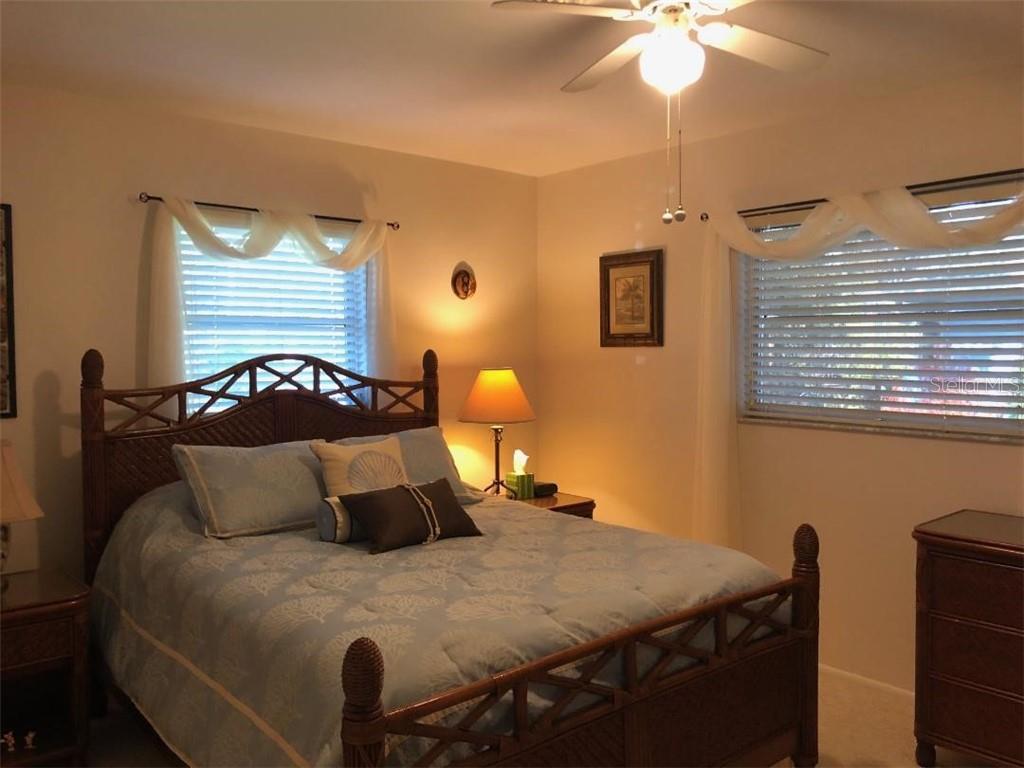 1650 Edith Ave, Englewood, FL 34223 - MLS D6117676