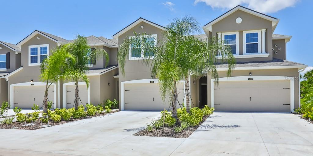 Townhouse for sale at 5526 Pleasantview Ct #596/86, Bradenton, FL 34211 - MLS Number is T3216011