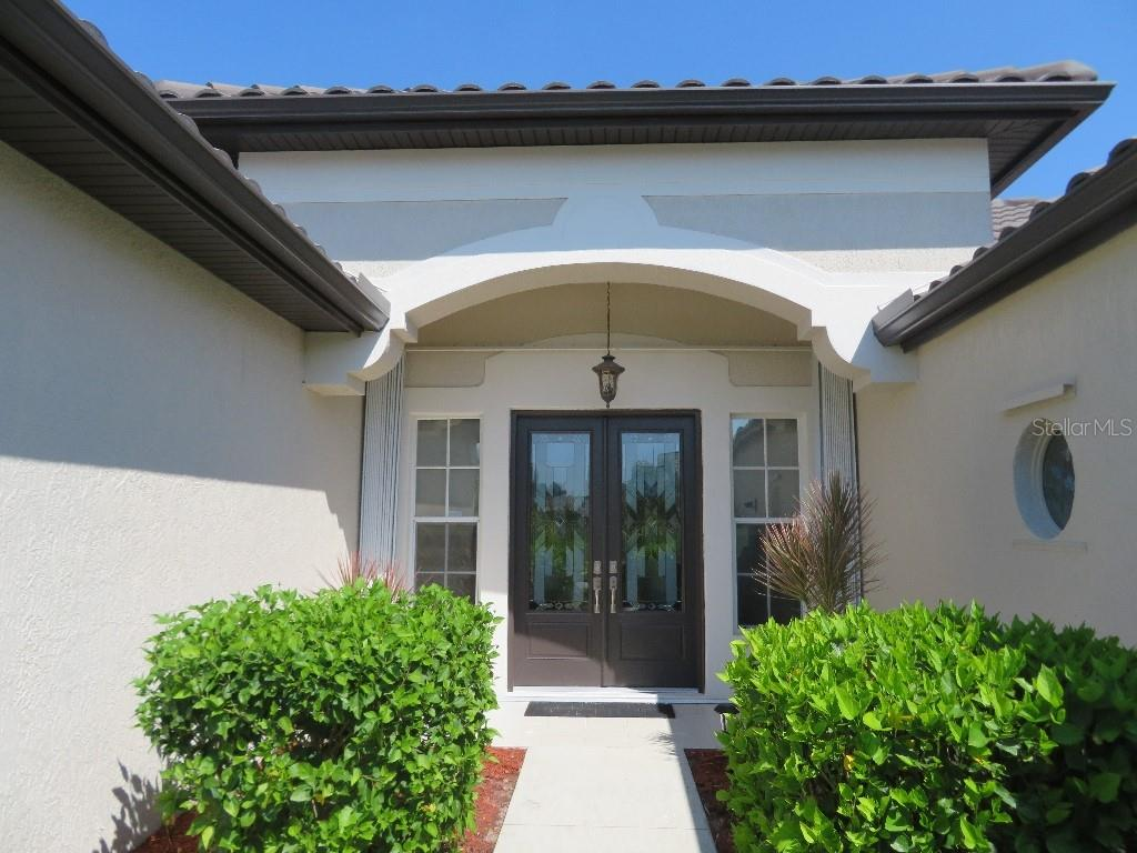 Single Family Home for sale at 459 Fairway Isles Dr, Venice, FL 34285 - MLS Number is T3271568