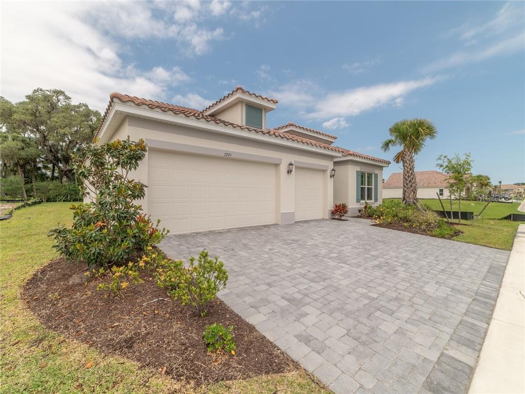 Single Family Home for sale at 7299 Great Egret Blvd, Sarasota, FL 34241 - MLS Number is O5730437