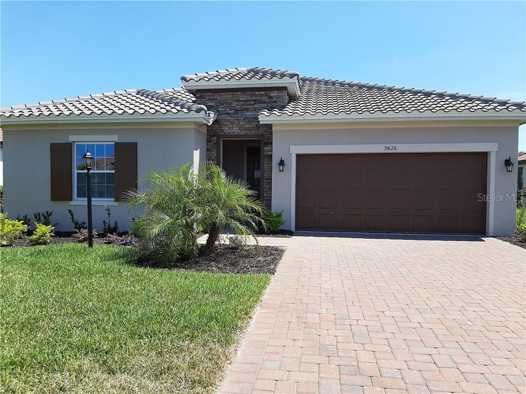Single Family Home for sale at 9826 Marbella Dr, Bradenton, FL 34211 - MLS Number is O5827200