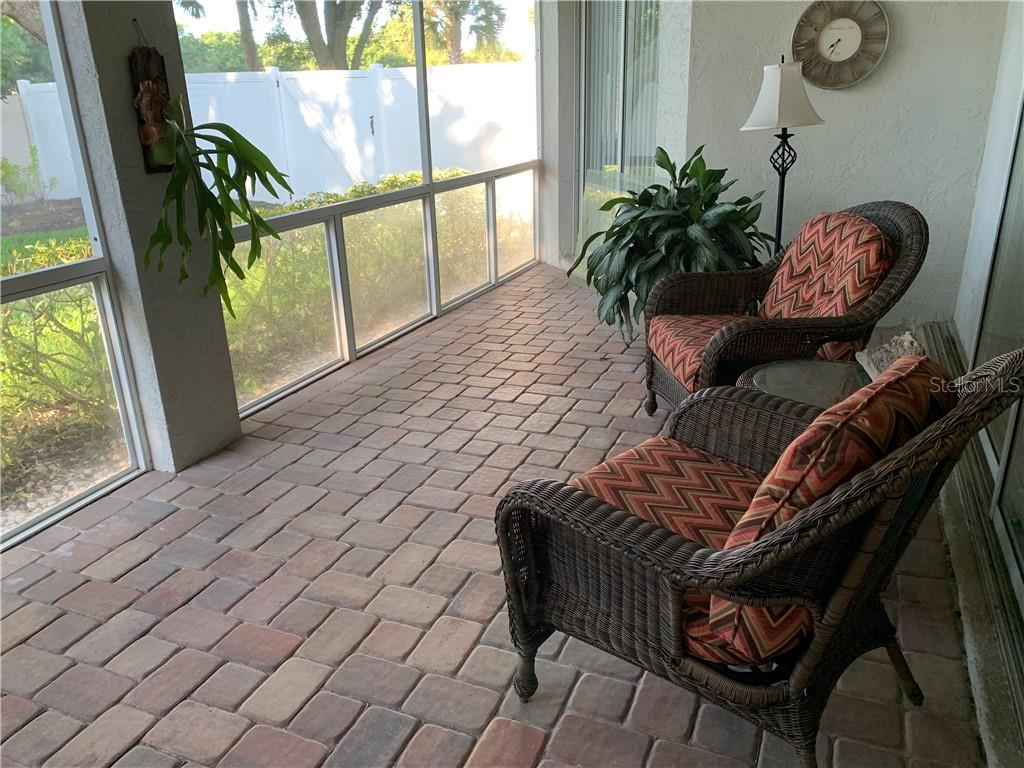 Lanai - Single Family Home for sale at 5386 Creekside Trl, Sarasota, FL 34243 - MLS Number is U8064995