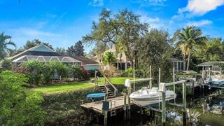 4523 Blue Marlin Dr, Bradenton, FL 34208