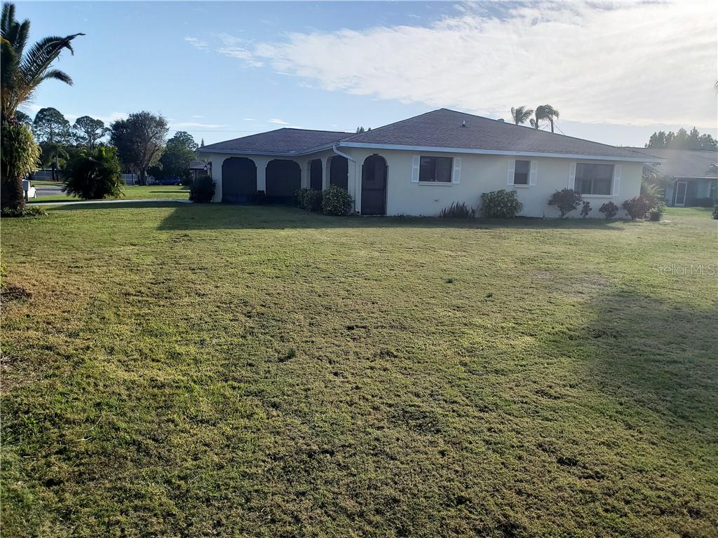 Look at this huge side yard! - Single Family Home for sale at 24 Tiffany St, Englewood, FL 34223 - MLS Number is C7410842