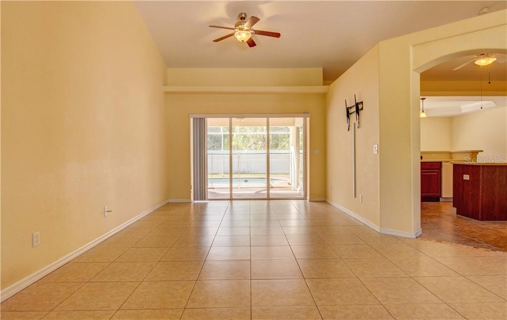 Single Family Home for sale at 5048 Wagon Wheel Dr, North Port, FL 34291 - MLS Number is C7421059