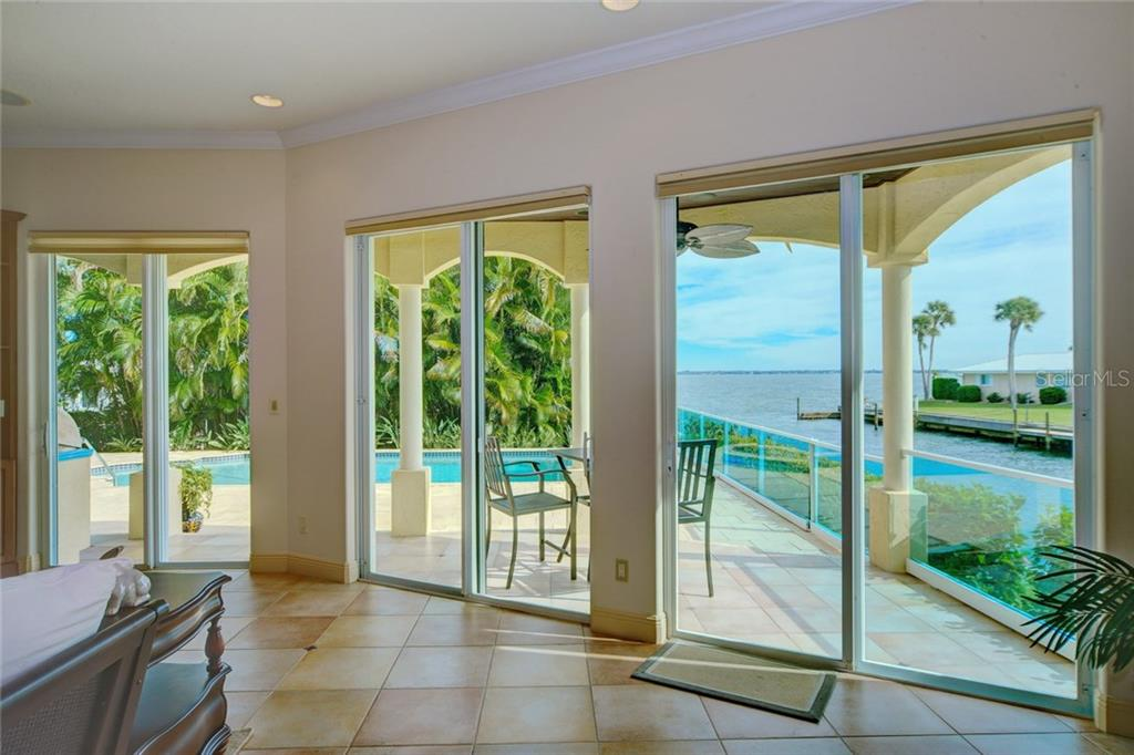 Additional photo for property listing at 580 Chipping Ln 580 Chipping Ln Longboat Key, 佛羅里達州,34228 美國