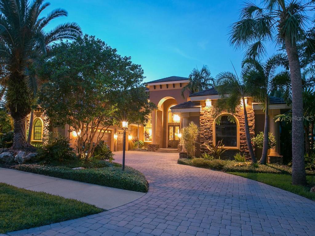 Maison unifamiliale pour l Vente à 10315 Riverbank Ter 10315 Riverbank Ter Bradenton, Florida,34212 États-Unis