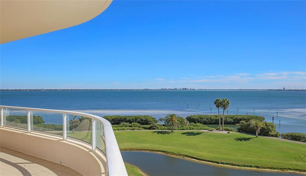 Appartement voor Verkoop een t 3010 Grand Bay Blvd #456 3010 Grand Bay Blvd #456 Longboat Key, Florida,34228 Verenigde Staten
