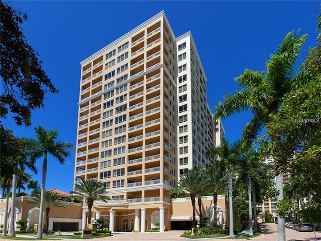 Частный дом для того Продажа на 35 Watergate Dr #1804 35 Watergate Dr #1804 Sarasota, Флорида,34236 Соединенные Штаты