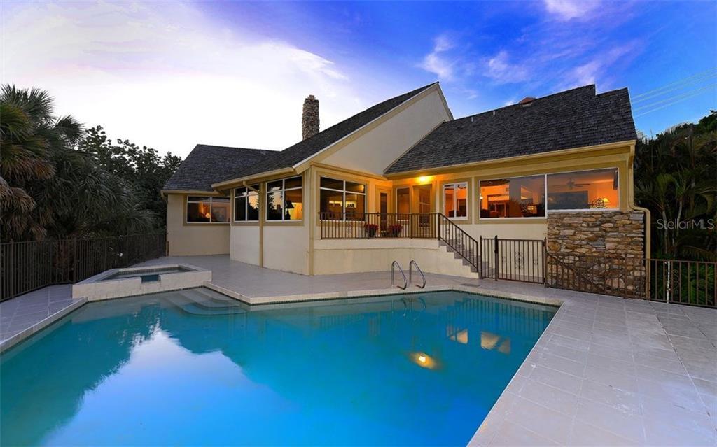 Single Family Home for Sale at 4024 Casey Key Rd Nokomis, Florida,34275 United States