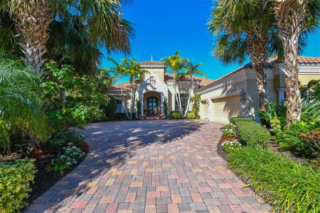 Single Family Home for Sale at 7516 Greystone St 7516 Greystone St Lakewood Ranch, Florida,34202 United States