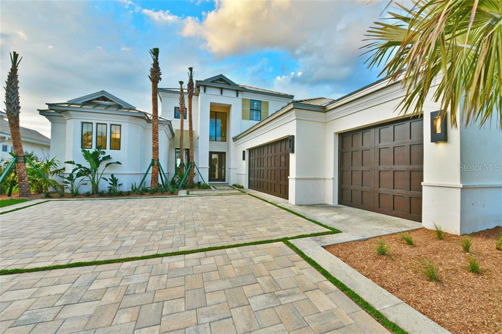 Maison unifamiliale pour l Vente à 656 Regatta Way 656 Regatta Way Bradenton, Florida,34208 États-Unis