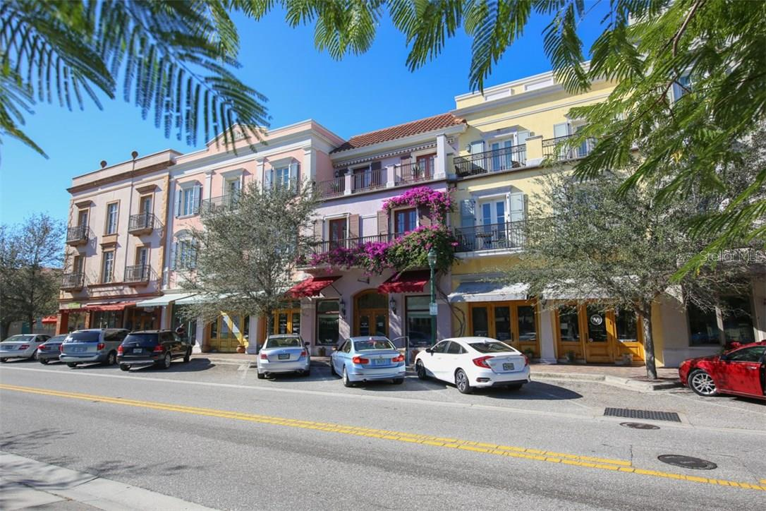 Citrus Square on Orange Ave. is located just around the corner which features a variety of local neighborhood retail and commercial establishments. - Condo for sale at 1552 4th St #106, Sarasota, FL 34236 - MLS Number is A4189081