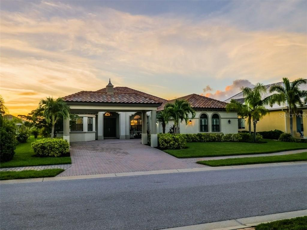 Single Family Home for Sale at 564 Fore Dr 564 Fore Dr Bradenton, Florida,34208 United States