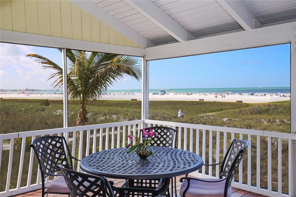 Maison unifamiliale pour l Vente à 680 Beach Rd 680 Beach Rd Sarasota, Florida,34242 États-Unis