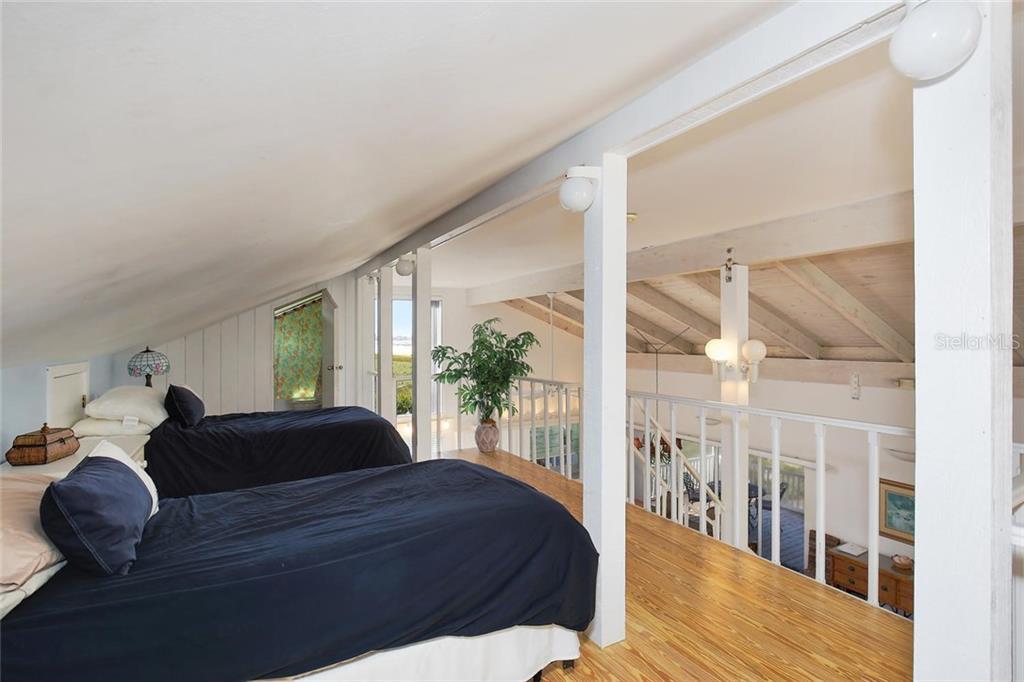 Additional photo for property listing at 680 Beach Rd 680 Beach Rd Sarasota, Florida,34242 États-Unis
