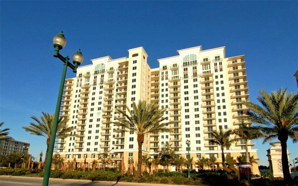 Condominium for Sale at 800 N Tamiami Trl #ph1801 Sarasota, Florida,34236 United States